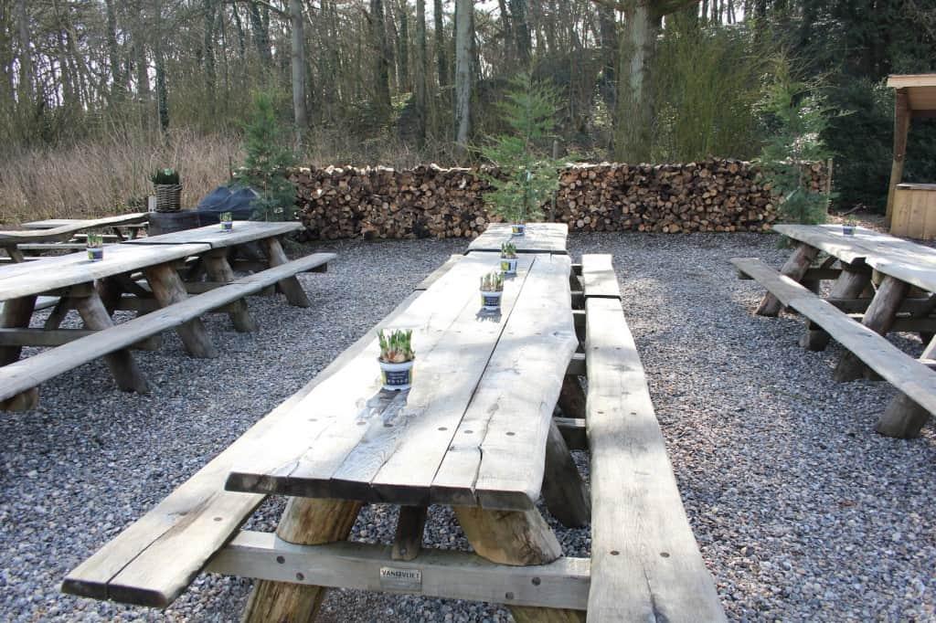 Gasterij Kruisberg lange tafels
