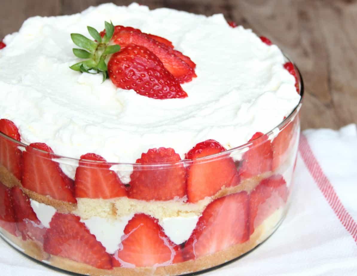 BIG FAT TIPSY TRIFLE | ENJOY! The Good Life