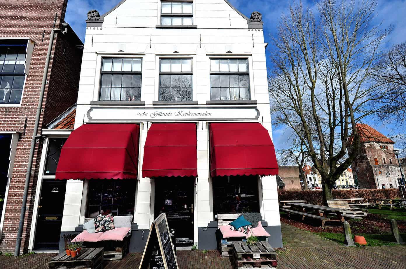 De Gillende Keukenmeiden, Zwolle