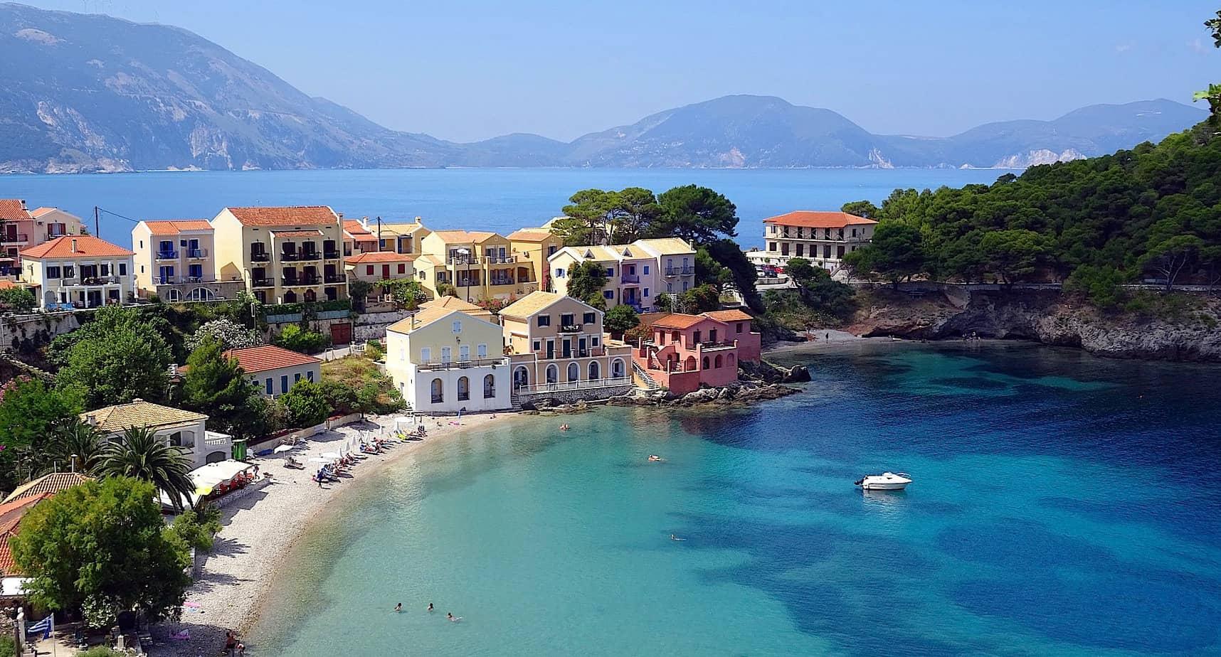 Met deze films en serie waan je je op een Grieks eiland | ENJOY! The Good LIfe