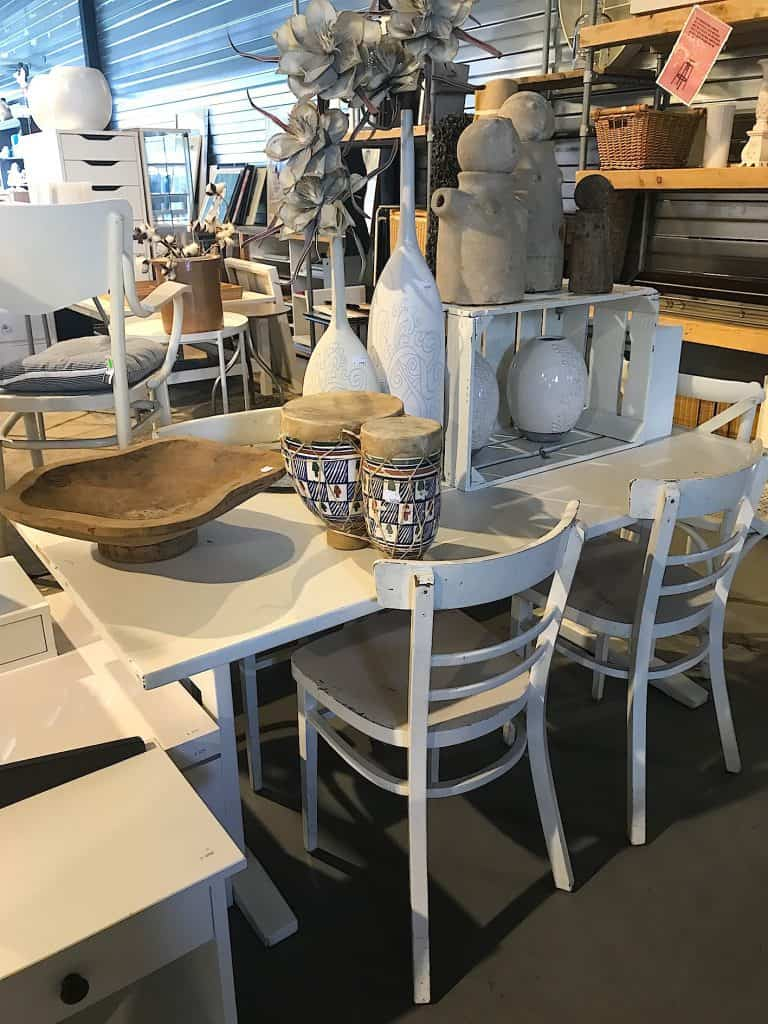 Private shopping bij de kringloopwinkel in Zwolle | ENJOY! The Good Life