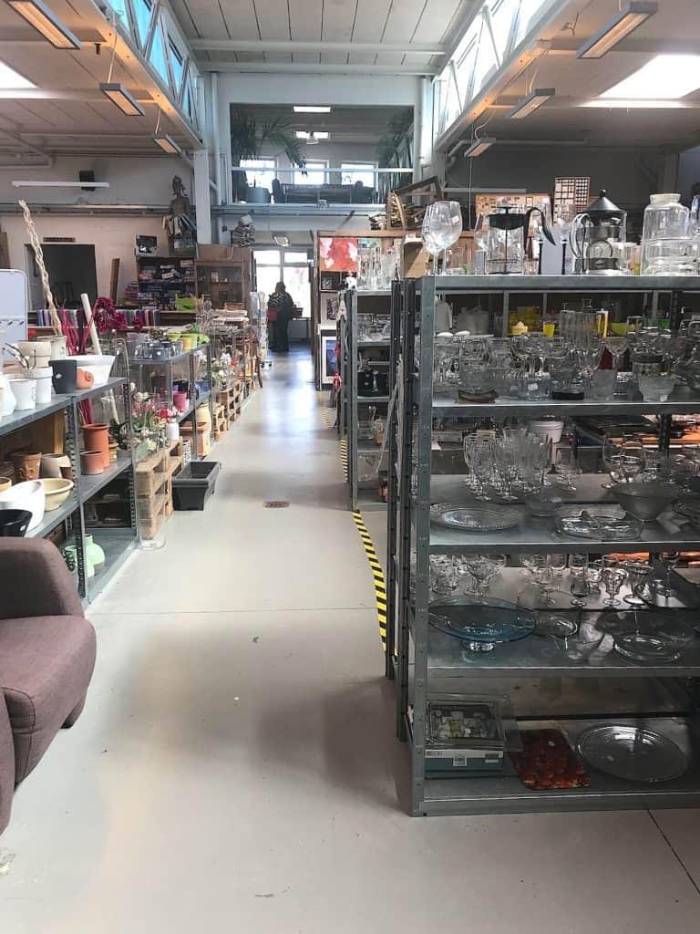 Private shopping bij de kringloopwinkel in Zwolle   ENJOY! The Good Life
